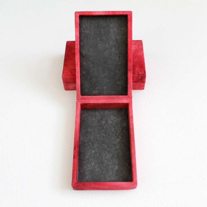 hinged linen boxes by Kaija Rantakari / paperiaarre.com