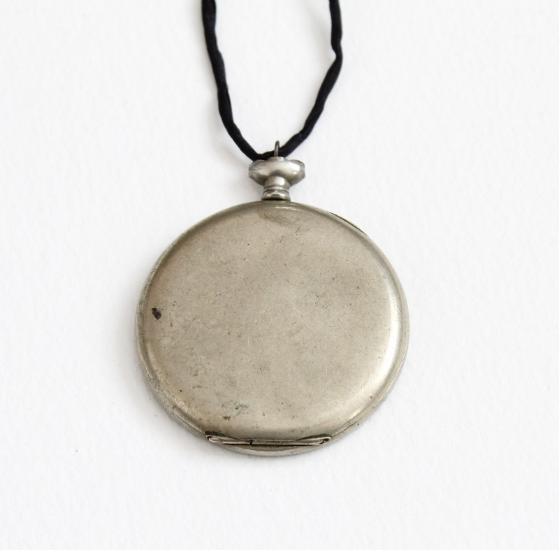 the moment - mixed media necklace by Kaija Rantakari, 2016 / paperiaarre.com