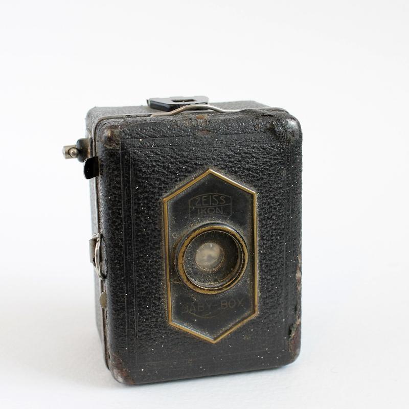 vintage cameras - paperiaarre.com