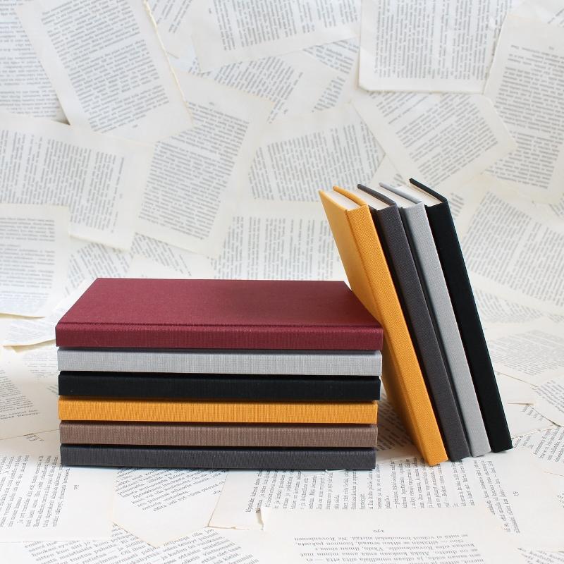 handmade bullet journals by Kaija Rantakari / www.paperiaarre.com