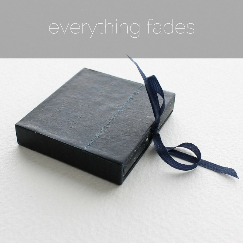 Everything Fades - an artists' book by Kaija Rantakari, 2017 / www.paperiaarre.com