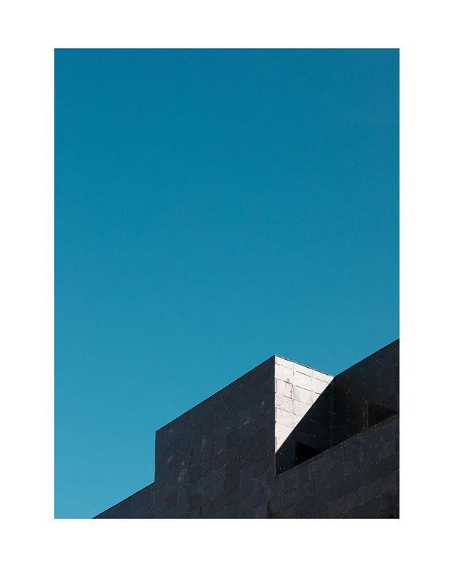 | Turn Your Lights Down Low | #wired #minimalworks #archidaily #rentalmag #lekkerzine #archilovers #architecture #architectureporn #architecturephotography #geometry #minimalism #minimal #minimalist #broadmag #subjectivelyobjective #minimalzine #dazedandconfused #noicemag #archivecollectivemag #foammagazine #justifiedmagazine #collecmag #verybusymag #collateral #ourmomentum #rentalmag #phroommagazine #ignant