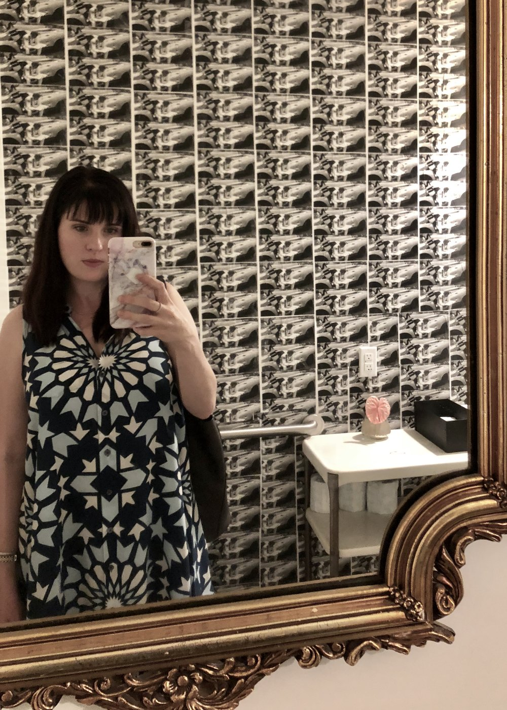 Lesalina_Beholder Bathroom