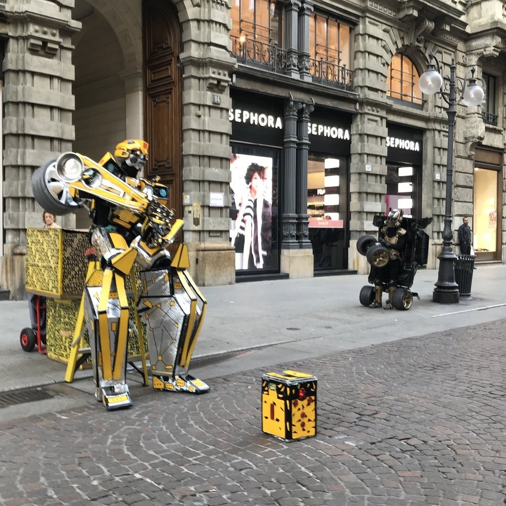 Street Performer Transformer