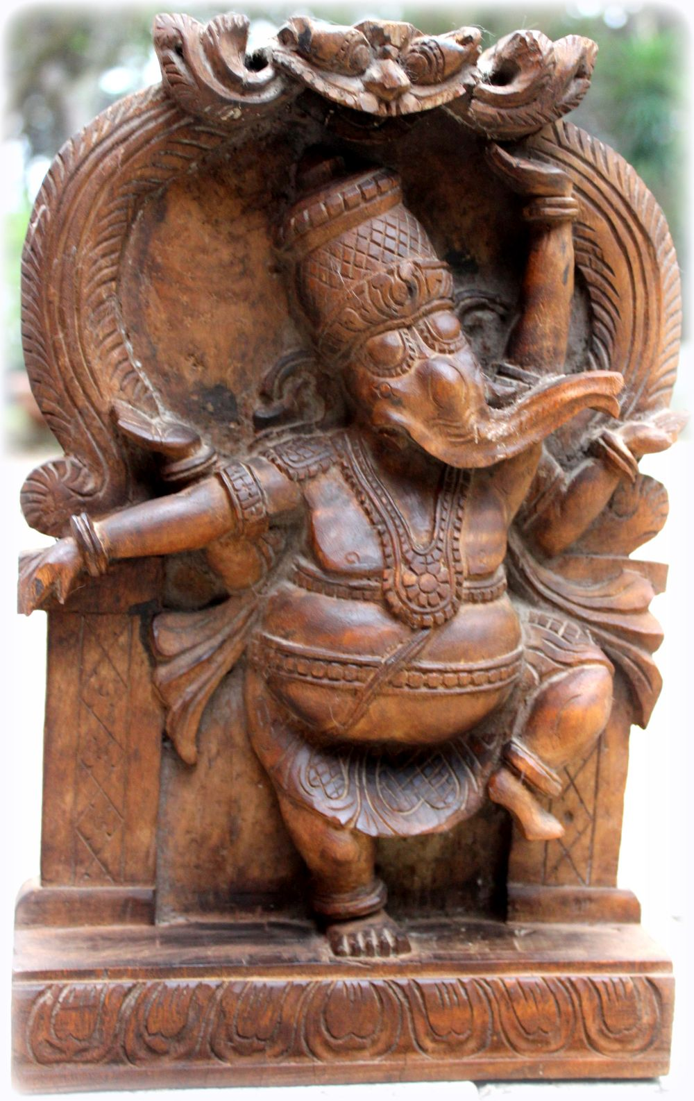 Oliphant Ganesh
