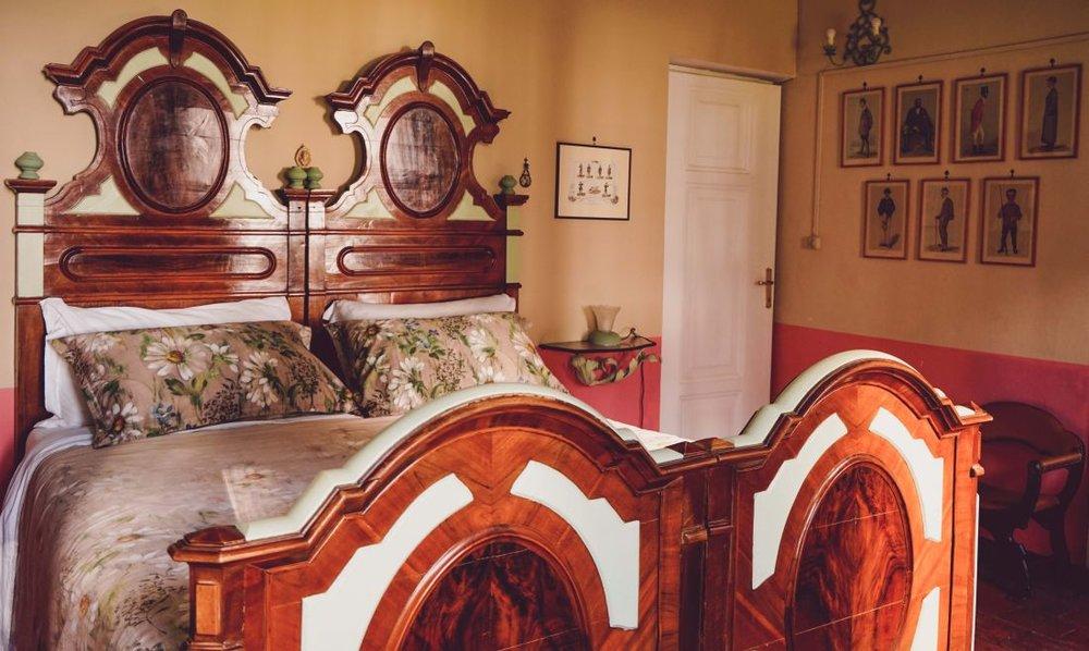 Ezedra bridal bedroom
