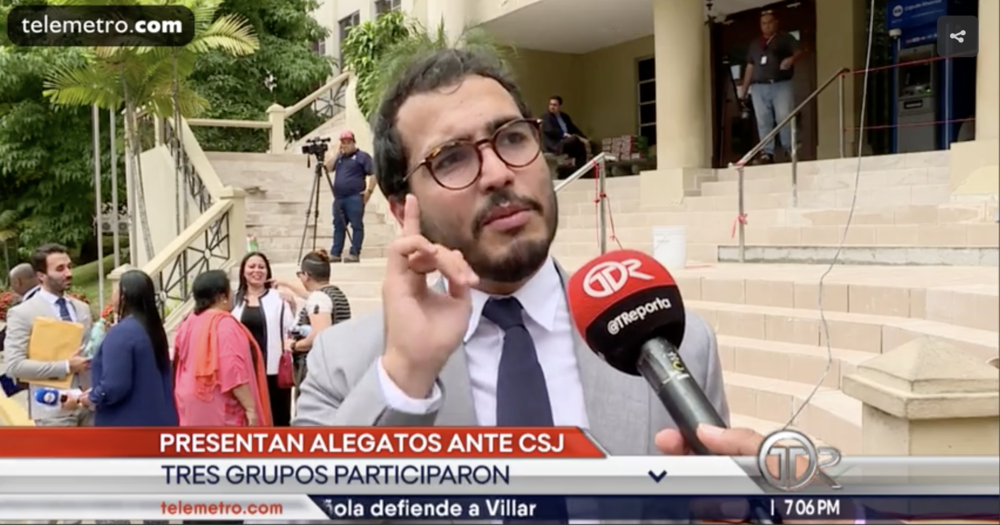 Giving declarations to the Panamá press after filing an amicus curiae for same sex marriage