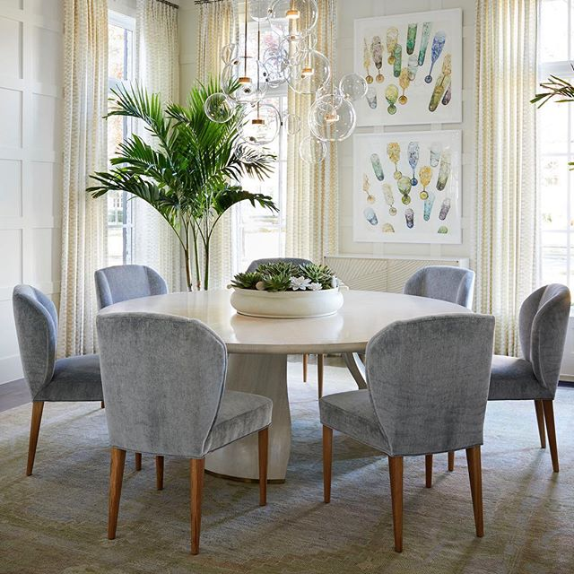 Dining room #tracyhardenburgdesigns  Photo @parbengtsson1