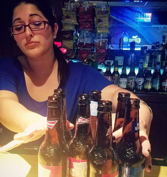 Jessica's got all your drinking needs covered and is behind the bar tonight until 2am. 👌