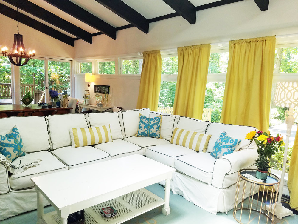 Gold and Turquoise living room