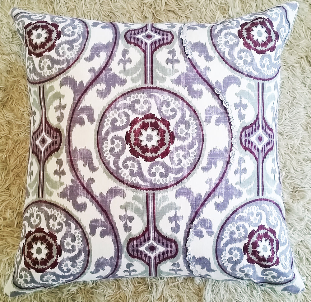 Damask printed pillow with Quartz Crystal