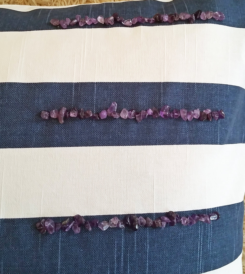 Blue and white pillow with Amethyst