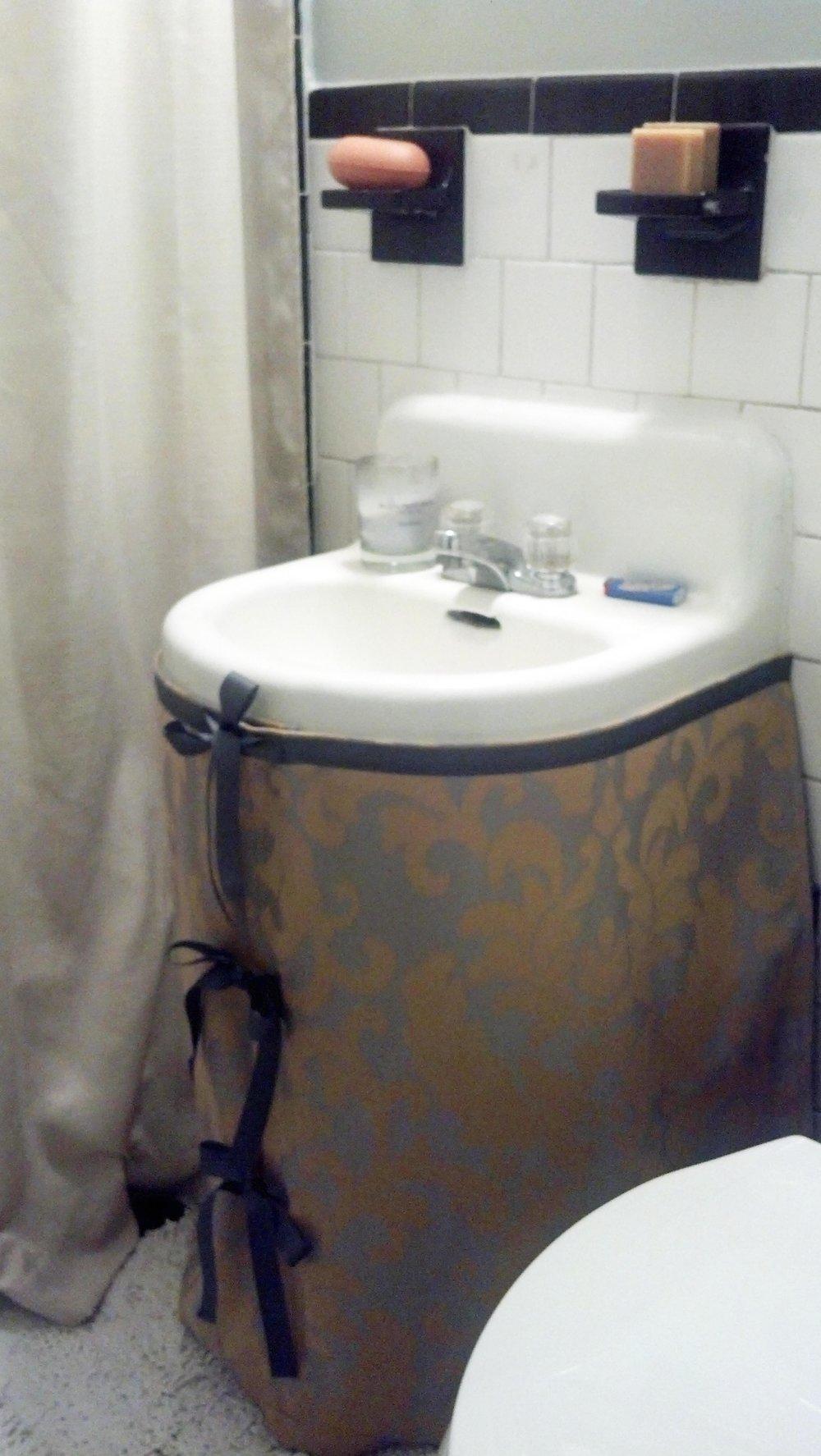 Custom covered sink skirt