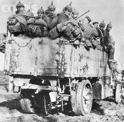 German military lorry in Great War