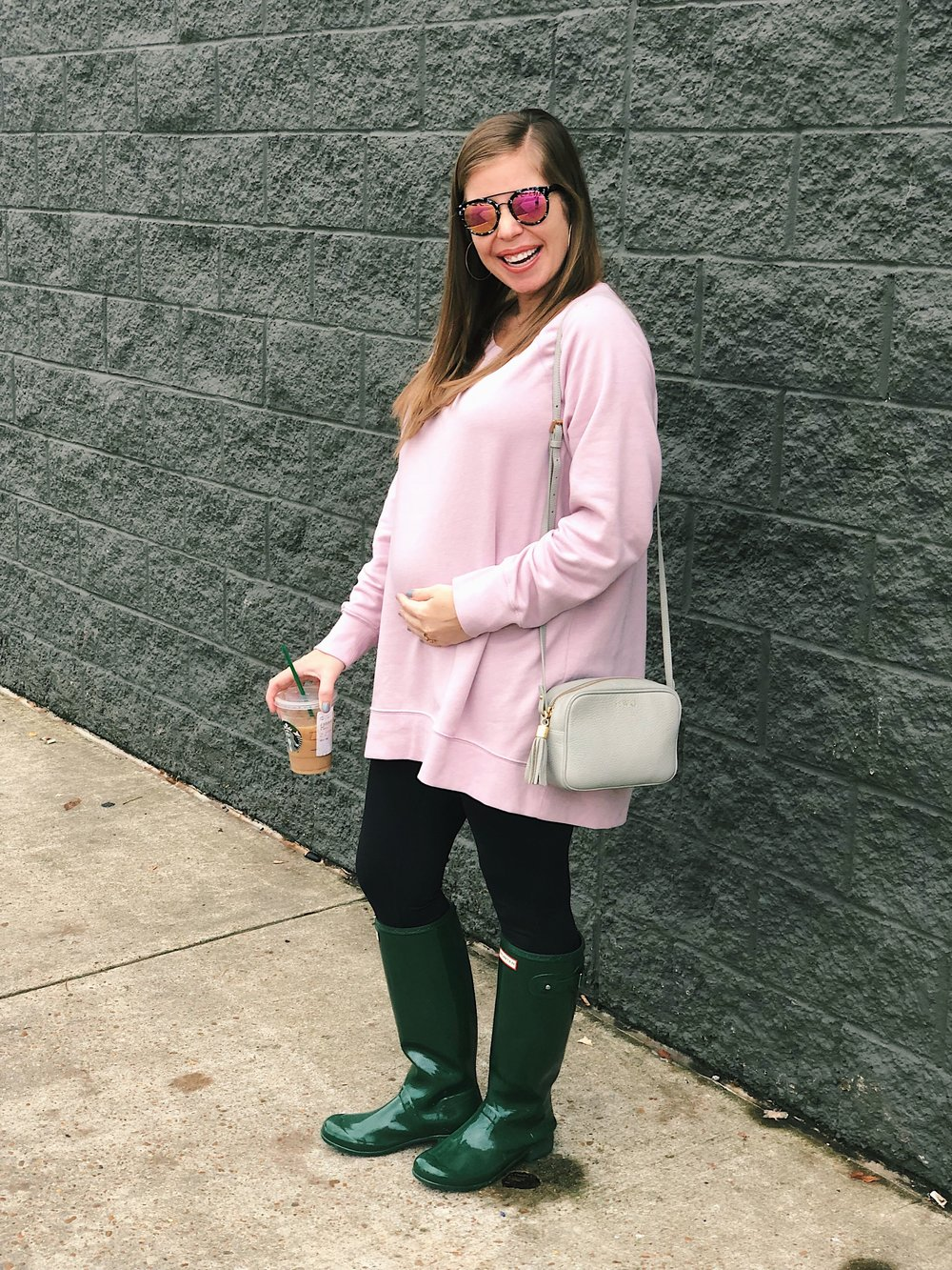 Outfit Details:     Sweatshirt     |     Leggings     |     Boots     |     Crossbody Bag     |     Sunglasses