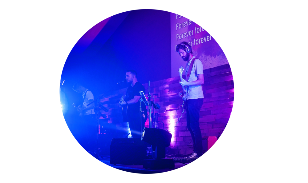 Collide Worship - The Collide house band is  a collection of local  young worship leaders. This team is passionate about bringing students into the presence of God, and seeing a generation of worshipers raised up.