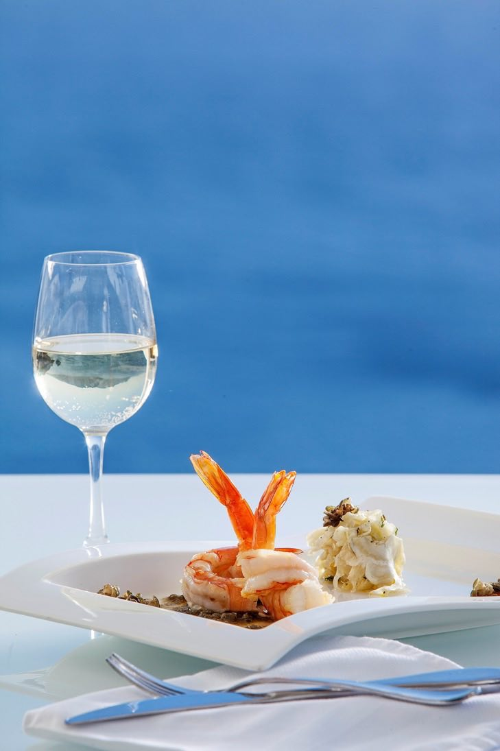 canaves_oia_suites_cuisine-6.jpg