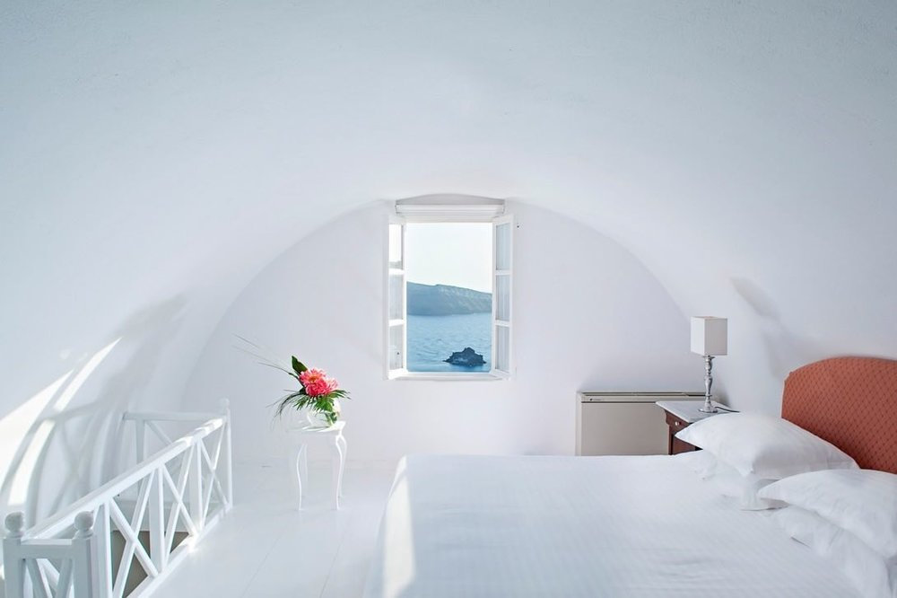 canaves_oia_suites_acc-15.jpg