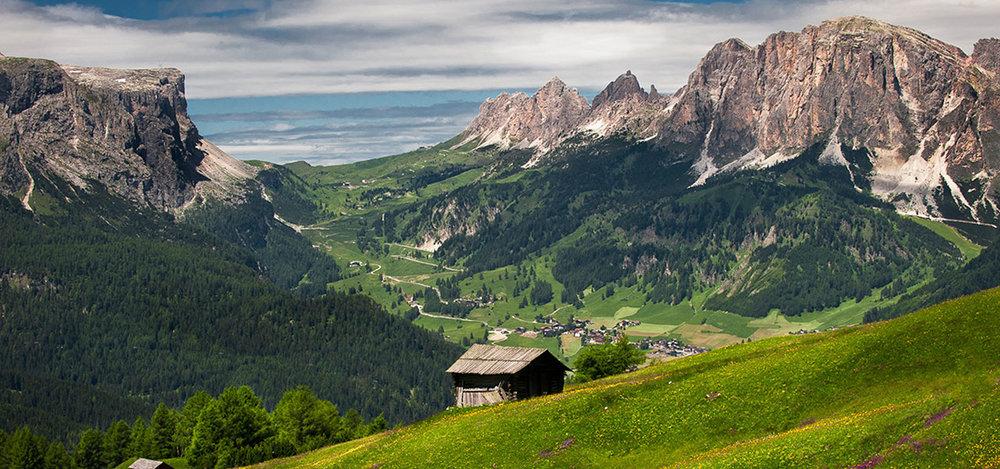 altabadia-ausblick-panorama-sommer-01.jpg