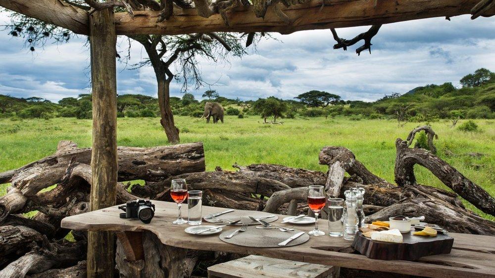 Elegant-Dining-Area-at-Ol-Donyo-Lodge-1600x900.jpg