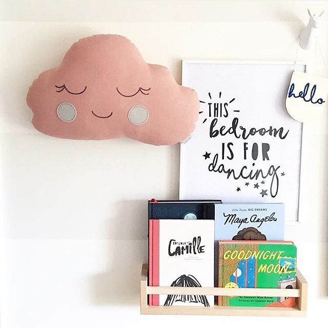 Fab pic by the super talented Susannah @made_by_skoo If you don't follow her already go check her out, she creates the most beautiful accessories for little ones and her cushions are so well made. Edie already has her cat cushion but I am quite tempted by this lovely cloud too! 💗
