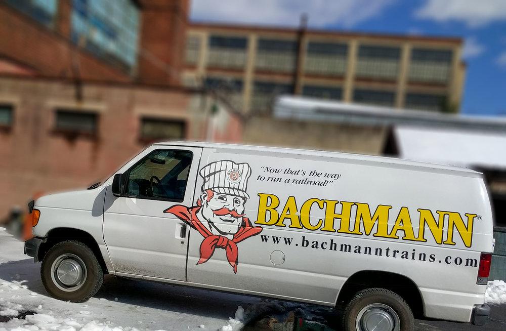 Bachmann-Trains-Van
