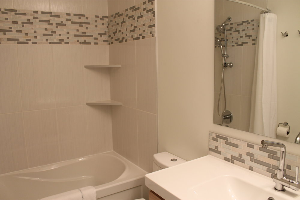 bathroom after (home 3)