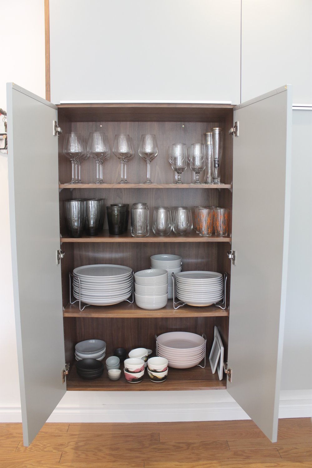 kitchen organization after (home 1)