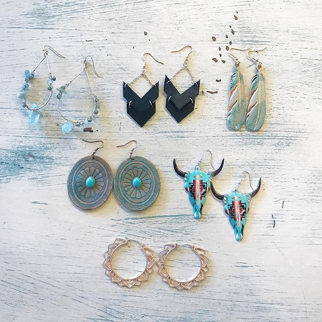 You've got to see these new earrings! Lightweight leather and a copper color gives the perfect southwestern vibe! #earrings #southweststyle #bohochic #summerinaz #☀️