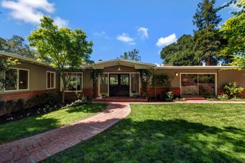 11 Via Farallon, Orinda   3 Beds | 2.5 Baths  $1,510,000  Represented: Seller