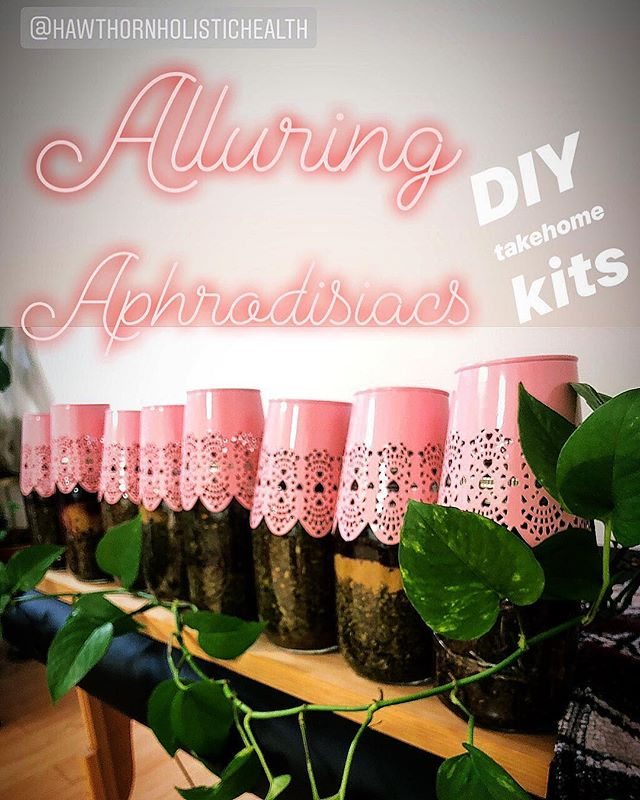 Ooooo la la! We made up some do it yourself alluring aphrodisiacs kits for all you February lovers out there! 😘😘😘 8️⃣💗😍 Options based on your flavor preferences and desired outcomes ⠀⠀⠀⠀⠀⠀⠀⠀⠀ 🍋💜🌼 lavender lemon lovers ⠀⠀⠀⠀⠀⠀⠀⠀⠀ 🥒💚🌼 cool calm and collected ⠀⠀⠀⠀⠀⠀⠀⠀⠀ 🔥❤️🌼 light my fire ⠀⠀⠀⠀⠀⠀⠀⠀⠀ ⠀⠀⠀⠀⠀⠀⠀⠀⠀ 🕺🏼💃🌼 meet me on the dance floor ⠀⠀⠀⠀⠀⠀⠀⠀⠀ 💗💕🌼 blossoming hearts 🍓💋🌼 I love you berry much ⠀⠀⠀⠀⠀⠀⠀⠀⠀ ☺️🌀🌼 relax and unwind ⠀⠀⠀⠀⠀⠀⠀⠀⠀ 🌊🍫🌼 cacao beaches ⠀⠀⠀⠀⠀⠀⠀⠀⠀ Kits include health and interesting info, herbs needed and instructions.  Fun little date activity, a night with friends, gift or for self care! All the deets are on our fb page, or call to order your kit now. 💕🌿💕 we designed these kits contain herbs that work to lower anxiety, tension and irritability. They can help to relax and feel more sociable. They warm ya up and harmonize blood flow. They work in a gentle, safe and balanced way to help remove some of the days tensions that cloud the mood. [they are not crazy unsafe hormonal, energy tonics or dangerous vasodilators that can be too much for the heart like many of the other options out there]