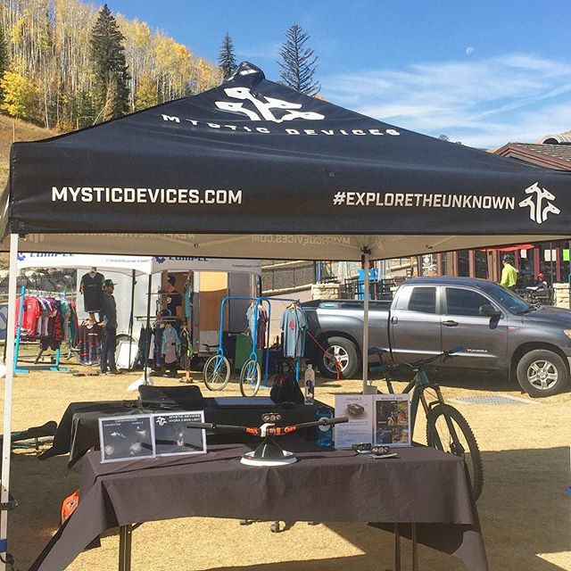 Day 3 of the #vailoutlier Offroad Festivail in #Vail.  Stoked be talking bikes and bike lights with awesome brands! • • • #bikelights #mtb #nightriding #startuplife #mysticdevices #exploretheunknown #kickstarter #kickstartercampaign