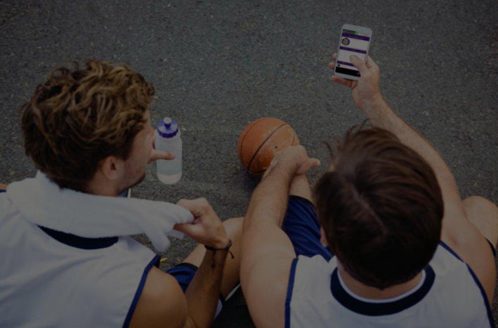 اعمل على تنمية قدرات لاعبي ومجموعات المعجبين والجهات الراعية لمؤسستك الرياضية من خلال تطبيق مخصص من Wooter. -