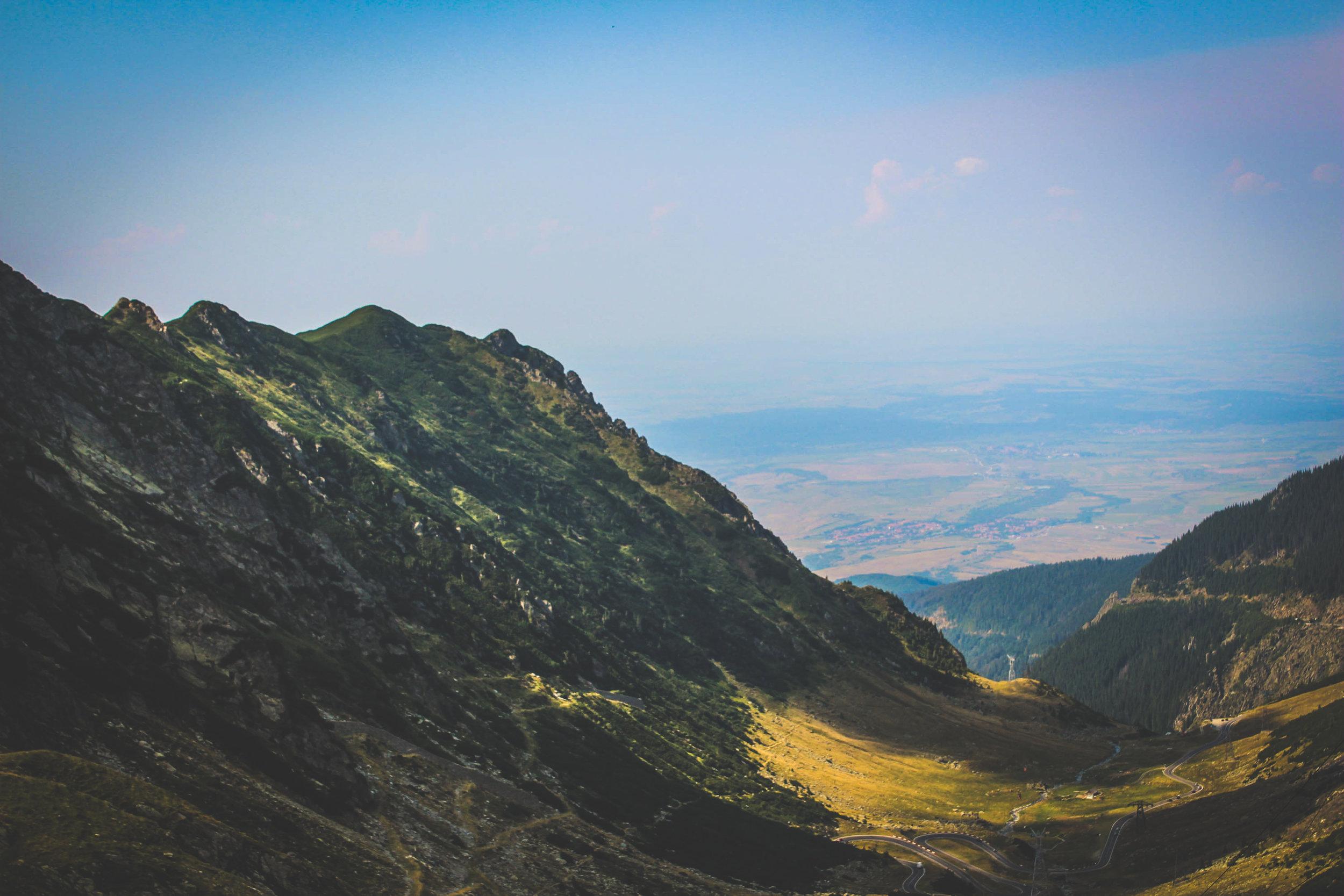 Le transfagaran, l'une des plus hautes route de roumanie, près de 2000 mètres. Crédit: Carine Guillaud