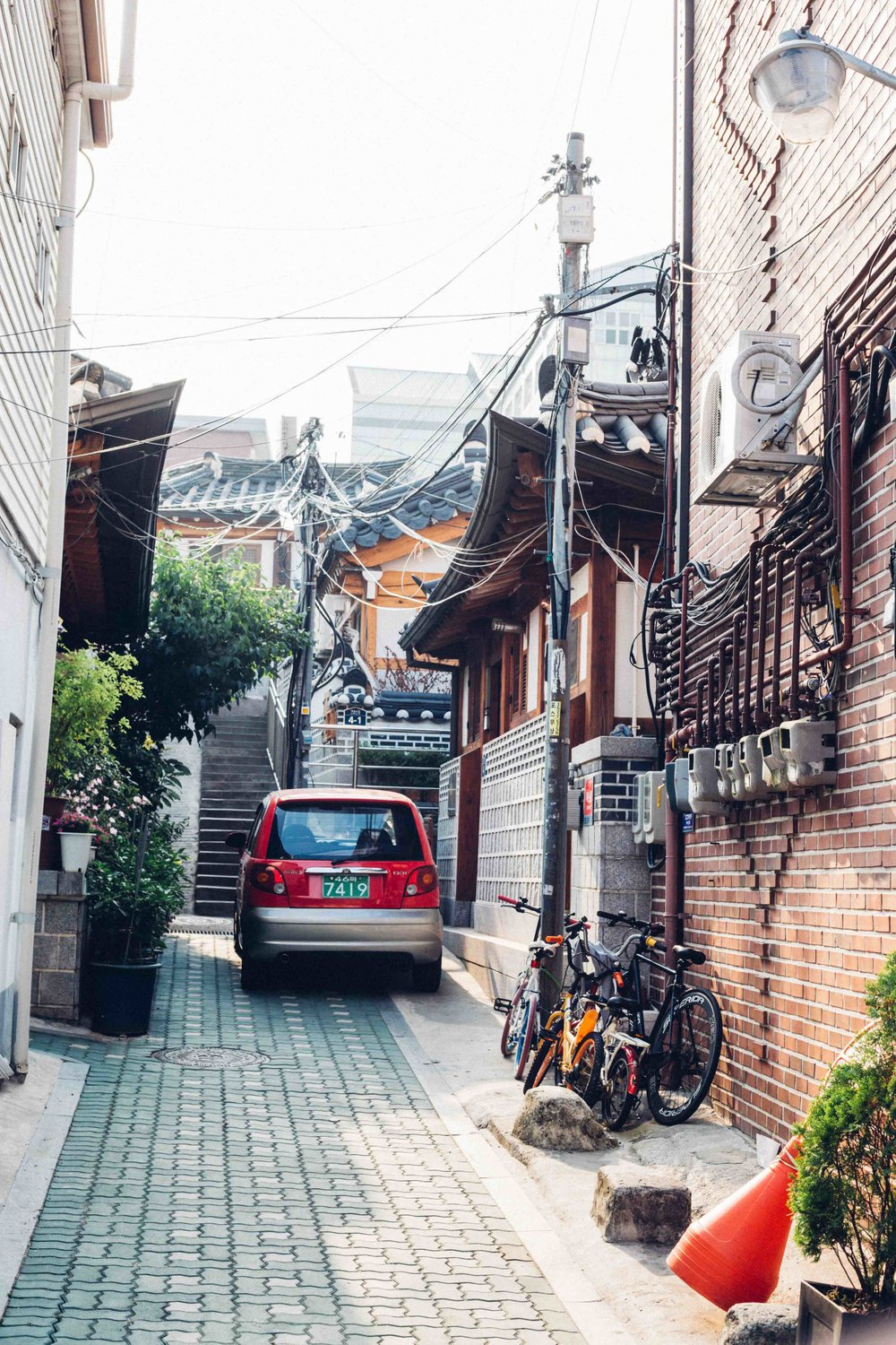 A street in Seoul traditional quarters