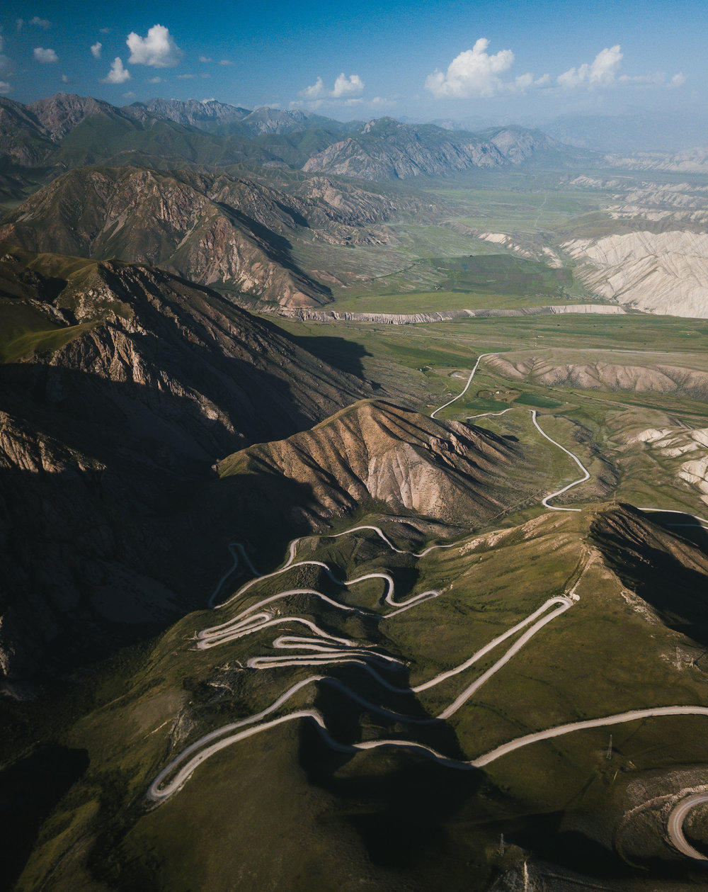 The Road to Kazerman - The incredible road which snakes its way across these stunning mountain ranges. Photo: Matt Horspool.
