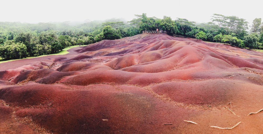 The seven coloured earth, Mauritius