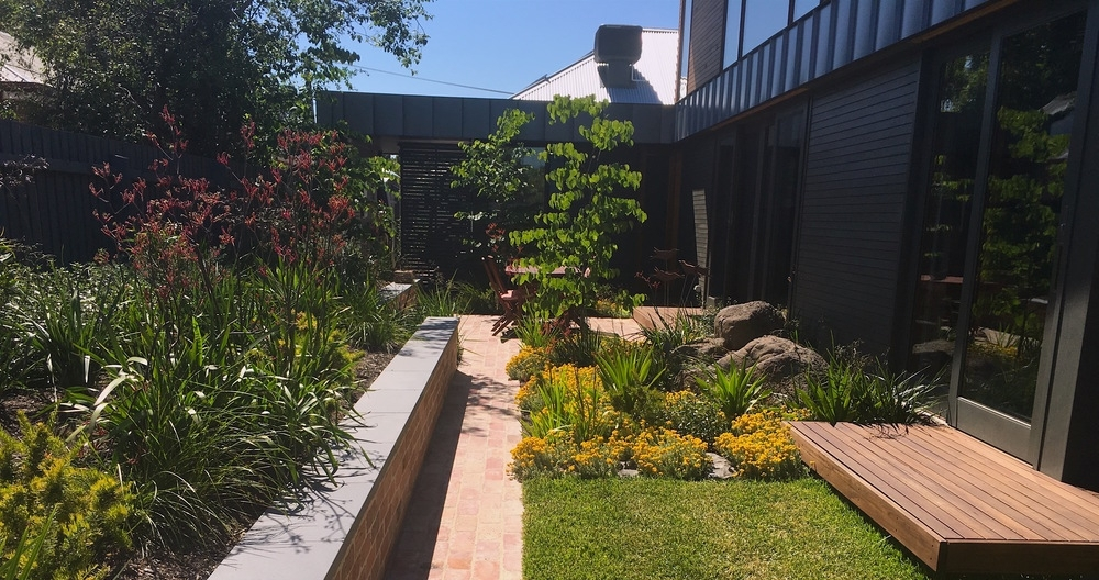 Garden Design - In this course you will learn the basic design principles used in the design of small to medium residential gardens.This will require some work and input by you. I will take you through each stage step by step.AUS $165 inc. gst