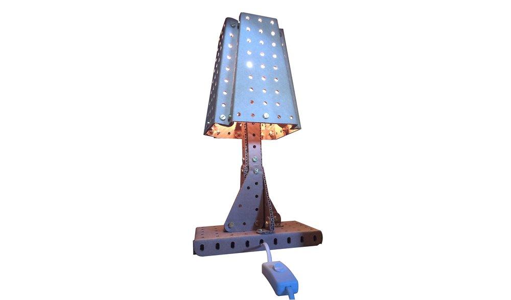 Lampada Meccano.jpg