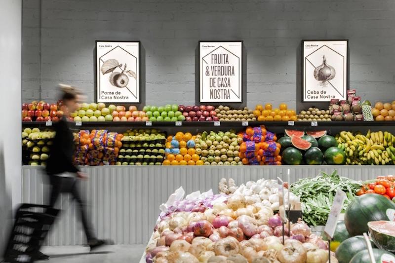 casa-nostra-fruit-store-in-barcelona-9.jpeg
