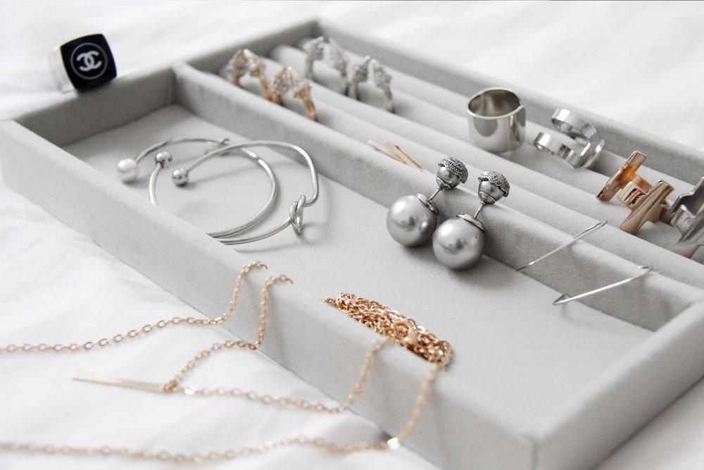 Quarter.sg accessories