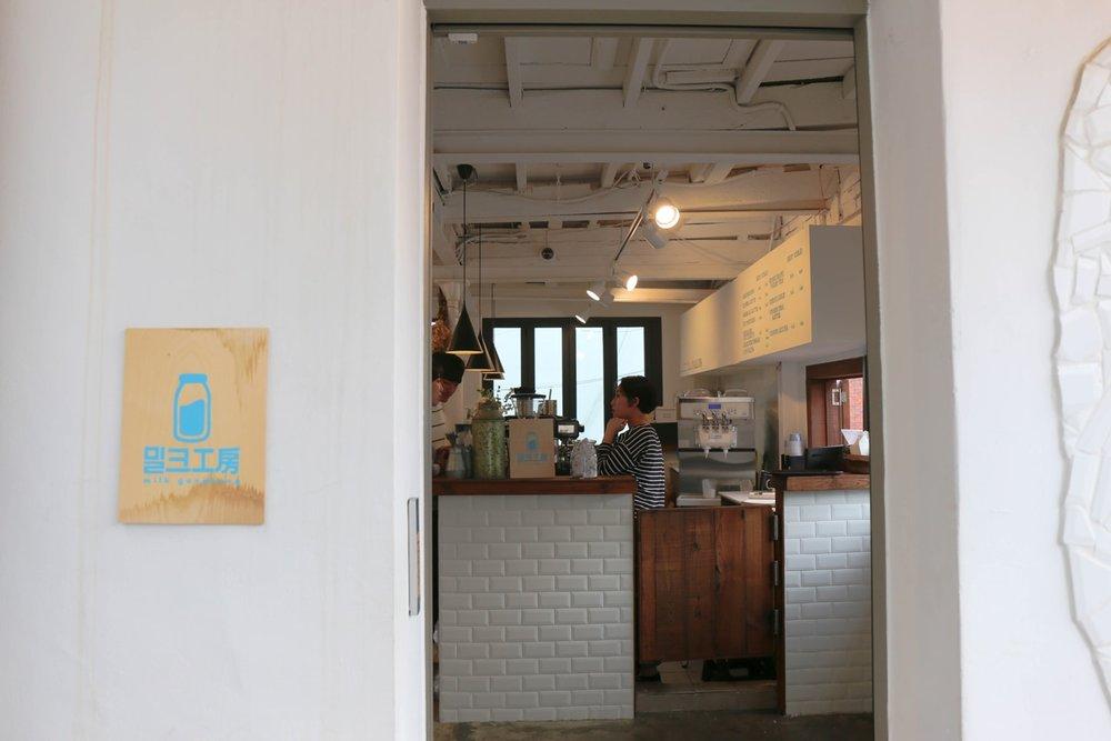 20170729_korea_ihwadong_namsan_15.jpg