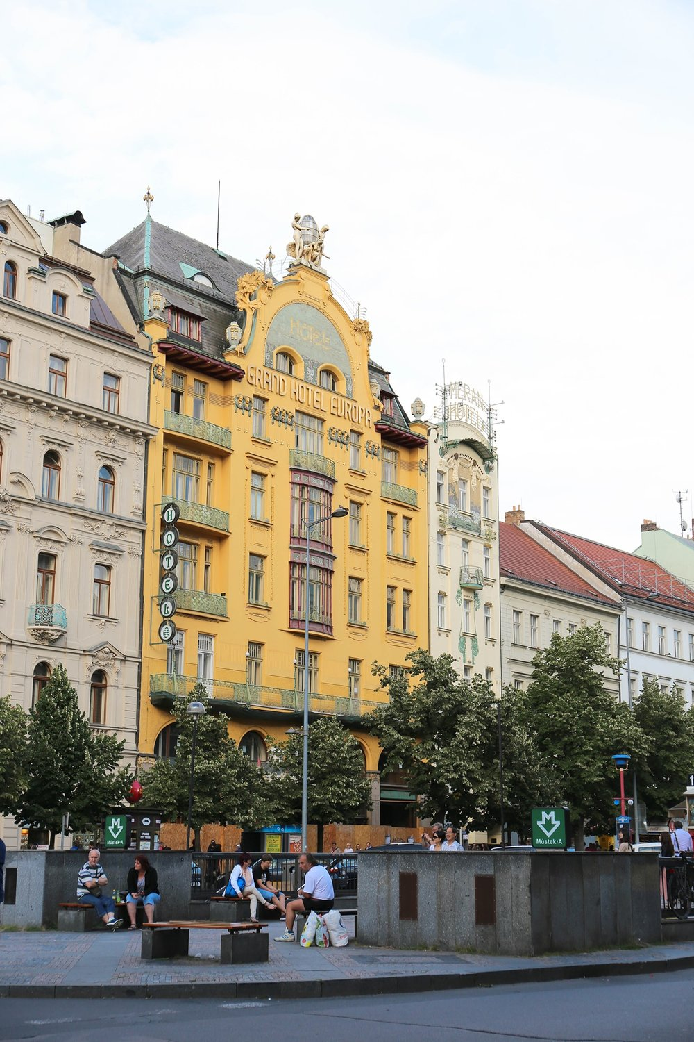 Prague Travelogue, City Walk, Wenceslas Square