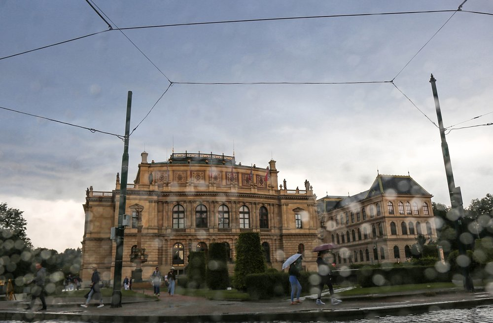 24 hours in prague: CIty