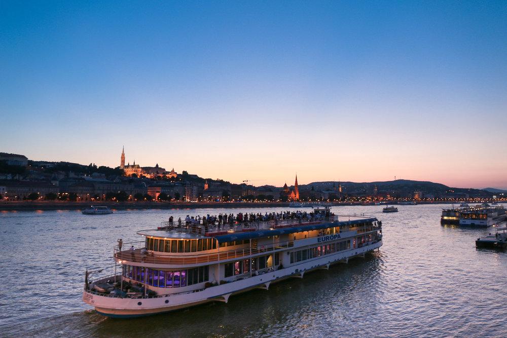 budapest river cruise