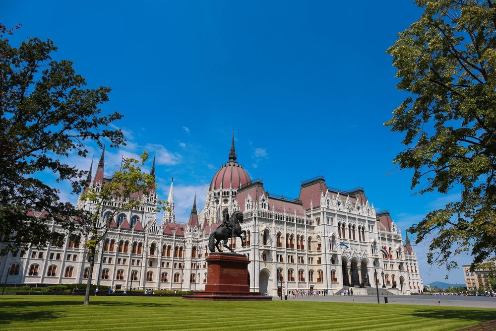 budapest: Hungarian parliament
