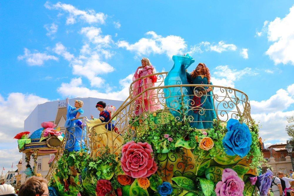 disneyland paris princess parade