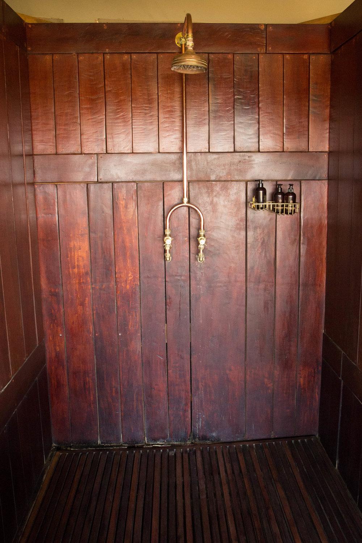 Villa Indoor Shower