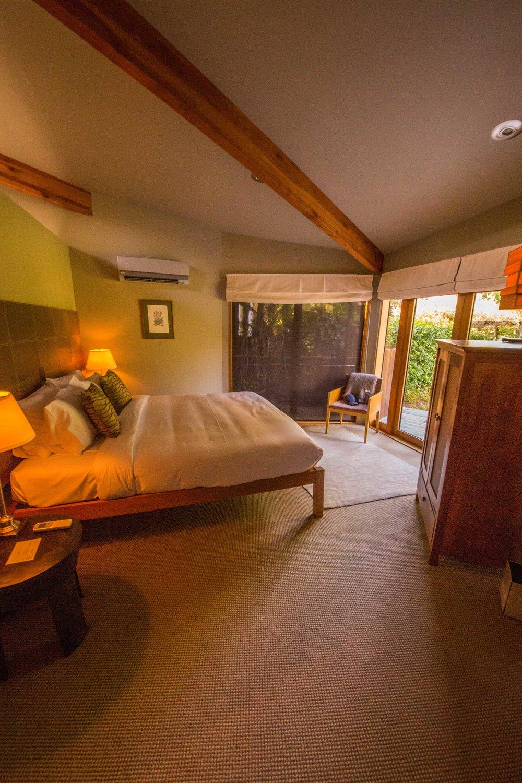 Admirals Room - Bedroom