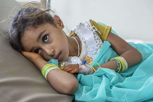 Repost from our partner @mercycorps:As the crisis in Yemen worsens, cholera outbreaks are becoming a deadly risk. We're providing treatment centers with medical supplies, clean water, and working to restore infrastructure.⠀ #Yemen #conflict #cholera #humanitarian Photo by @ezramillstein